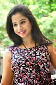 Swathi Dixit Glamorous photo shoot stills-thumbnail-8