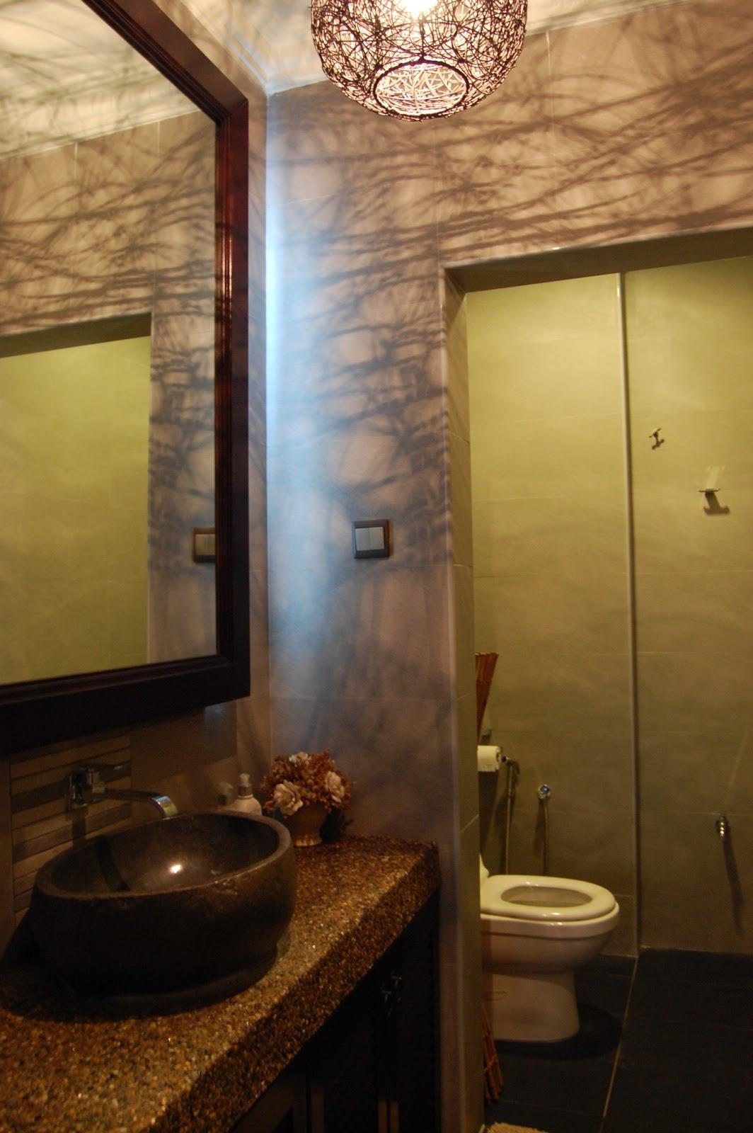 Interior Design Malaysia The Rattan Lighting Creates Interesting Shadow Effects On Walls In Bathroom