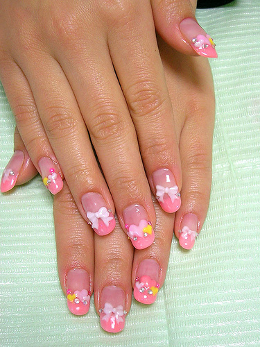 Nail Art for Teens http://www.teenageglam.com/2012/12/nail-art.html