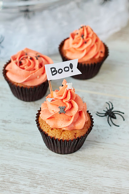 Spooky Hallowe'en Cupcakes!! These homemade cupcakes are better than anything you'd buy in the shops. goodfoodshared.blogspot.com