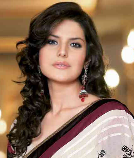 ... Hairstyles For Short Hair With Saree moreover Simple Hairstyles For