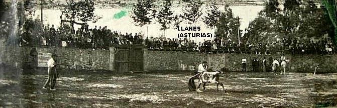 TOROS EN LLANES ASTURIAS