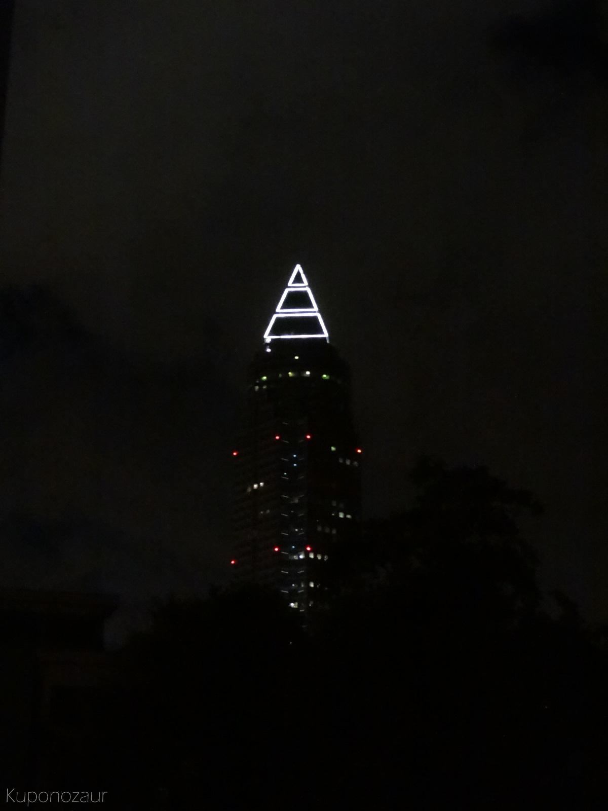 Frankfurt mroczny wieżowiec