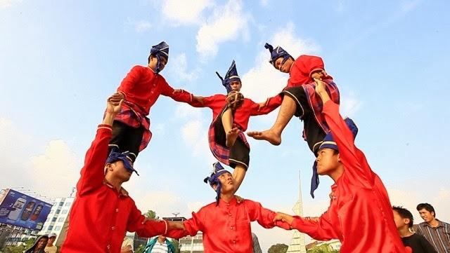 Paraga Permainan Tradisional Bugis Makasaar Yang Mendunia