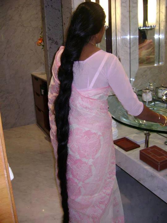 Longhairadmires Floor Length Long Hair Model