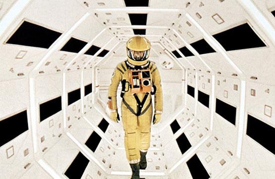 http://2.bp.blogspot.com/-SIlAWiyBiJU/UO7bE5ugLBI/AAAAAAAAYA8/BeHgKIFrrjM/s1600/2001-A-Space-Odyssey.jpg
