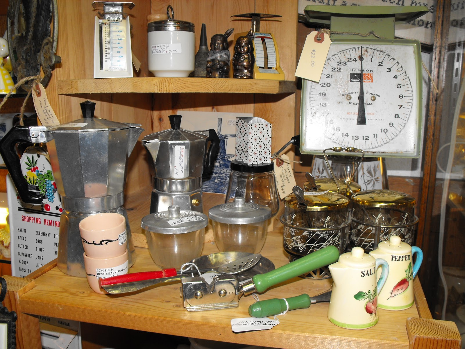a Vintage Green Vintage Kitchen Accessories Tools