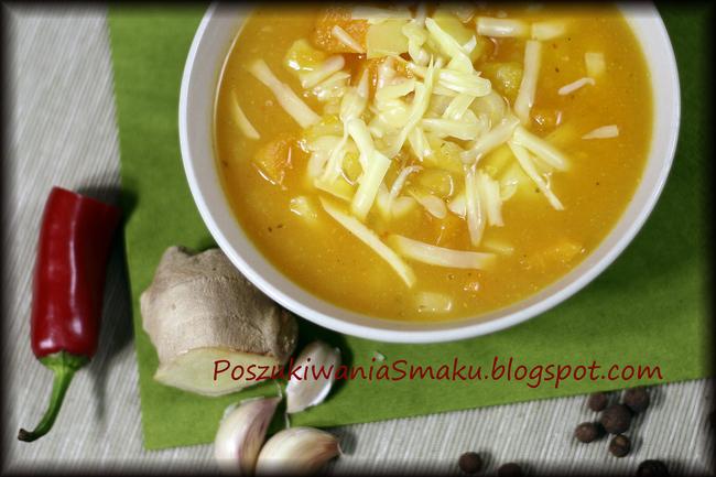 Zupa z dyni z białą pietruszką