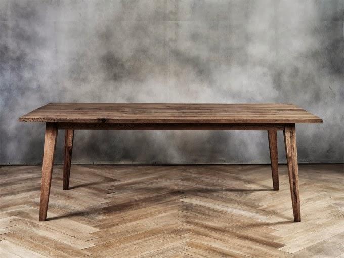 Lifestyle il tavolo in legno grezzo secondo lucy for Tavolo legno grezzo
