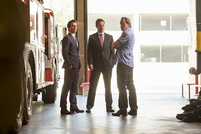Review White Collar 5x01. At What Price