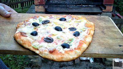 O pizza din Poiana