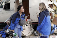 sandra oh and ellen pompeo in the grey's anatomy season 8 finale