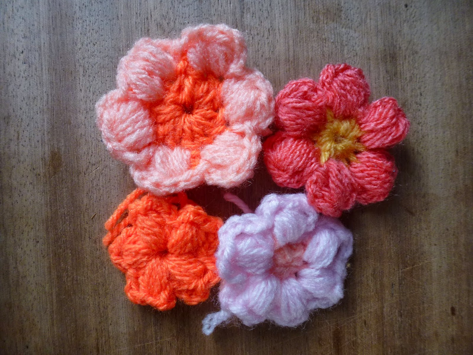 Crochet Flower Puff Pattern : Dancing Moth: A Flower a Day: Crochet Puff Stitch Flowers