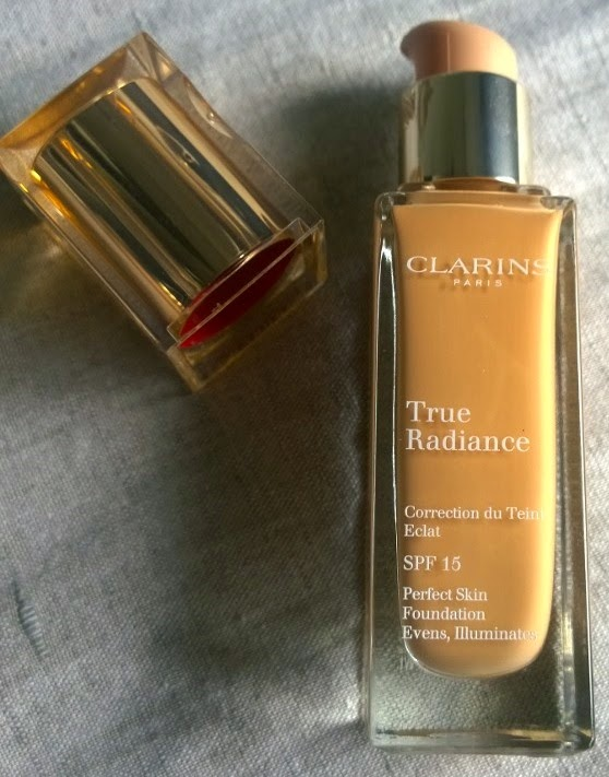 how to get mac foundation out of the bottle
