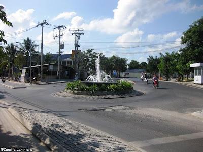 Chaweng lake roundabout