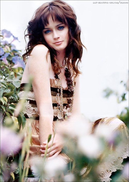 Alexis Bledel Hairstyle 10