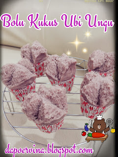 ... bolu kukus buanyak banget ya ada bolu kukus gula merah ubi ungu bolu