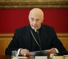 Italia, un paese sul lastrico in mano al Vaticano che lascia i poveri a morire di fame