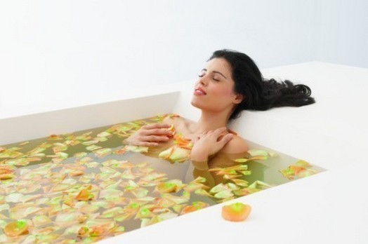 Студенты ванна полезна для поясницы дырочки давно