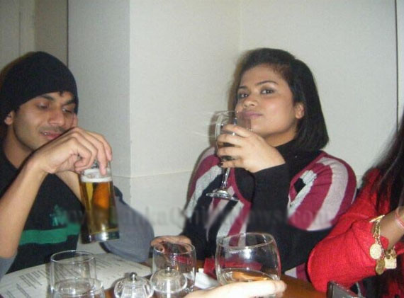 Malsha Kumaranatunge speaks about Facebook Photos