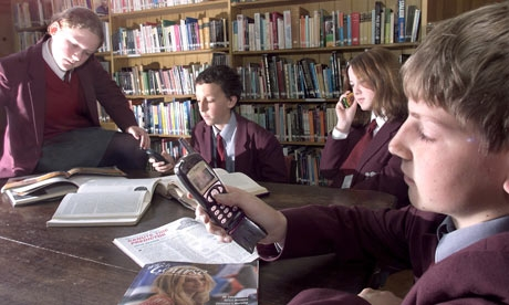 banning cell phones in school Cell phones and text messaging in schools  if a school district chooses to ban cell phones, we support that as we support those districts choosing to allow students to have cell phones in schools we do believe, however, that school leaders must make a firm decision, set it in written policy, implement it consistently, and communicate.