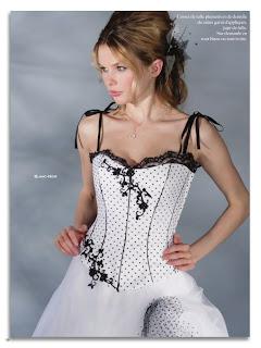 Pia Benelli 2012 colección de vestidos