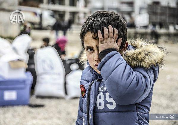 anak-pengungsi dari turkmen latakia