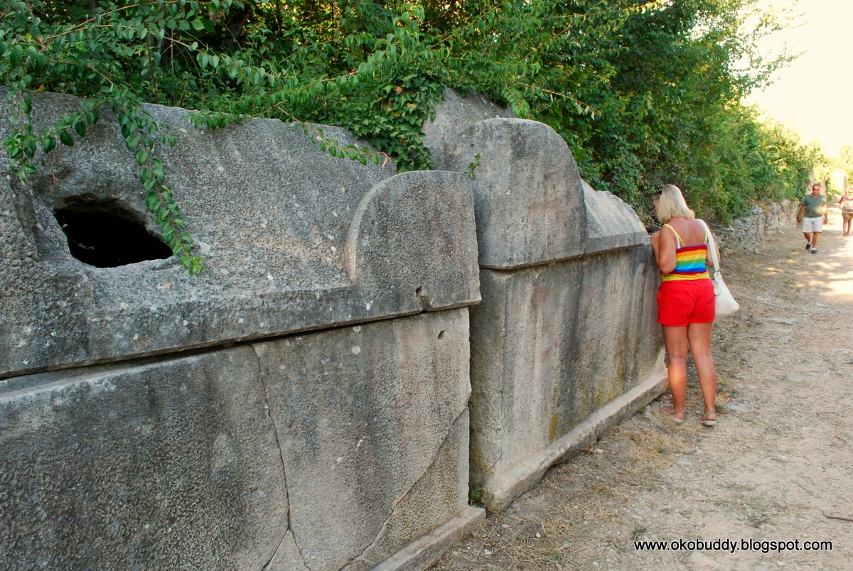 Solin. Chorwacja. Kamienne sarkofagi.