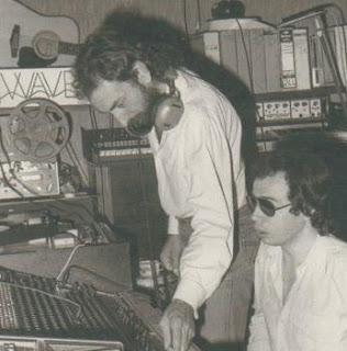 Dominique Perrier y Roger Rizzitelli en la consola del Studio Ferber durante los años 70