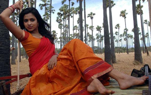 vettai-movie-review-hot-stills-gallery-1