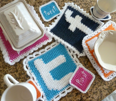 free crochet pattern social media potholders and coasters