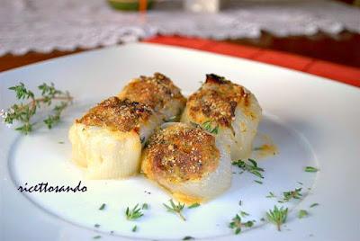 Cipolle farcite al gratin ricetta secondi piatti di verdura gratinati