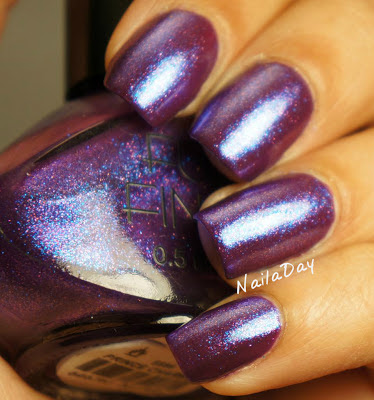 NailaDay: Sally Hansen CSM Trouble Maker with Funky Fingers Prince Charming