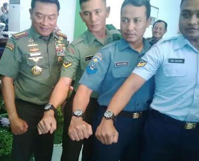 jam tangan jenderal moeldoko