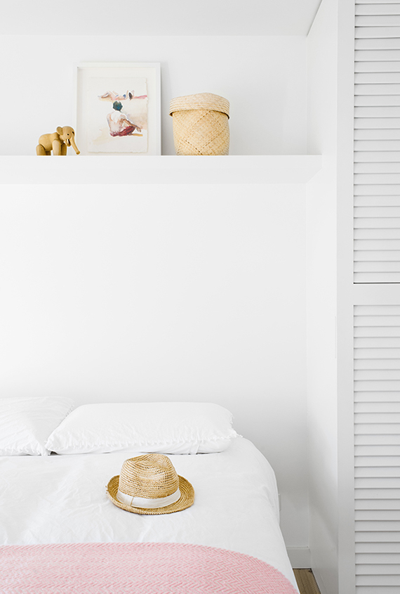 Pastel simplicity | Brooke Holm for Shareen Joel Design via Share Design