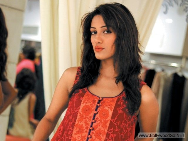 Mathira+hot+(19)