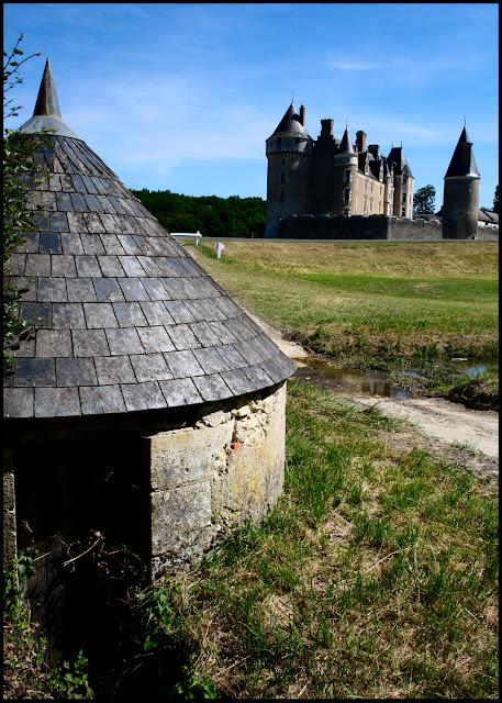 Chateau Montpoupon France 2011