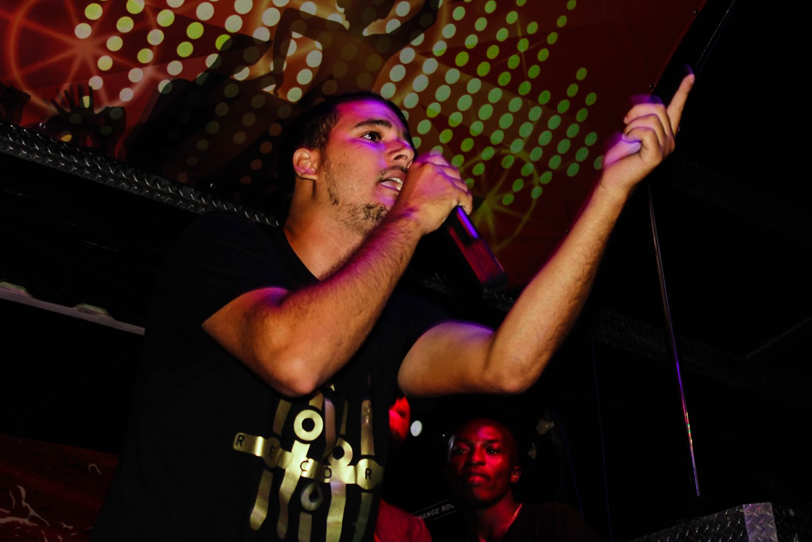 '' Ciclo Vicioso '' será o título da próxima Mixtape a Solo do rapper Erick Dorinel || Saiba Mais