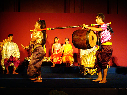 A scene from Mak Therng Yike opera