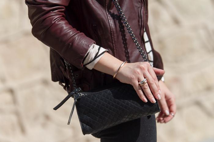 Detalle joyas de la marca Tous pulser y anillos