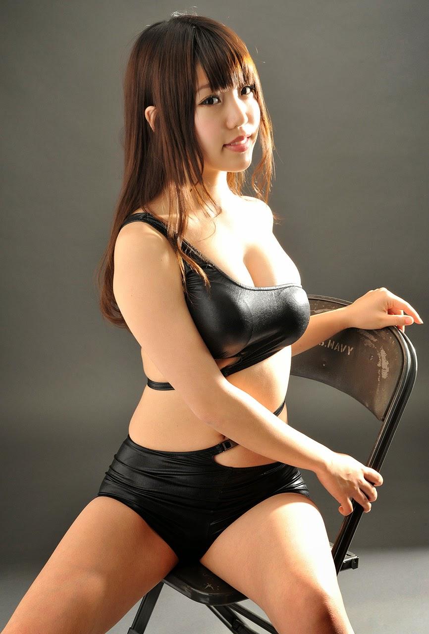 mizuho shiraishi sexy bikini pics 04