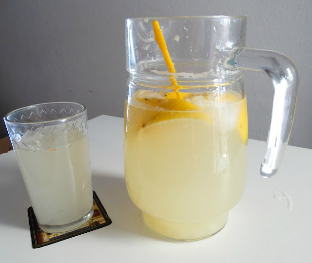 Limonada servida, lista para disfrutar