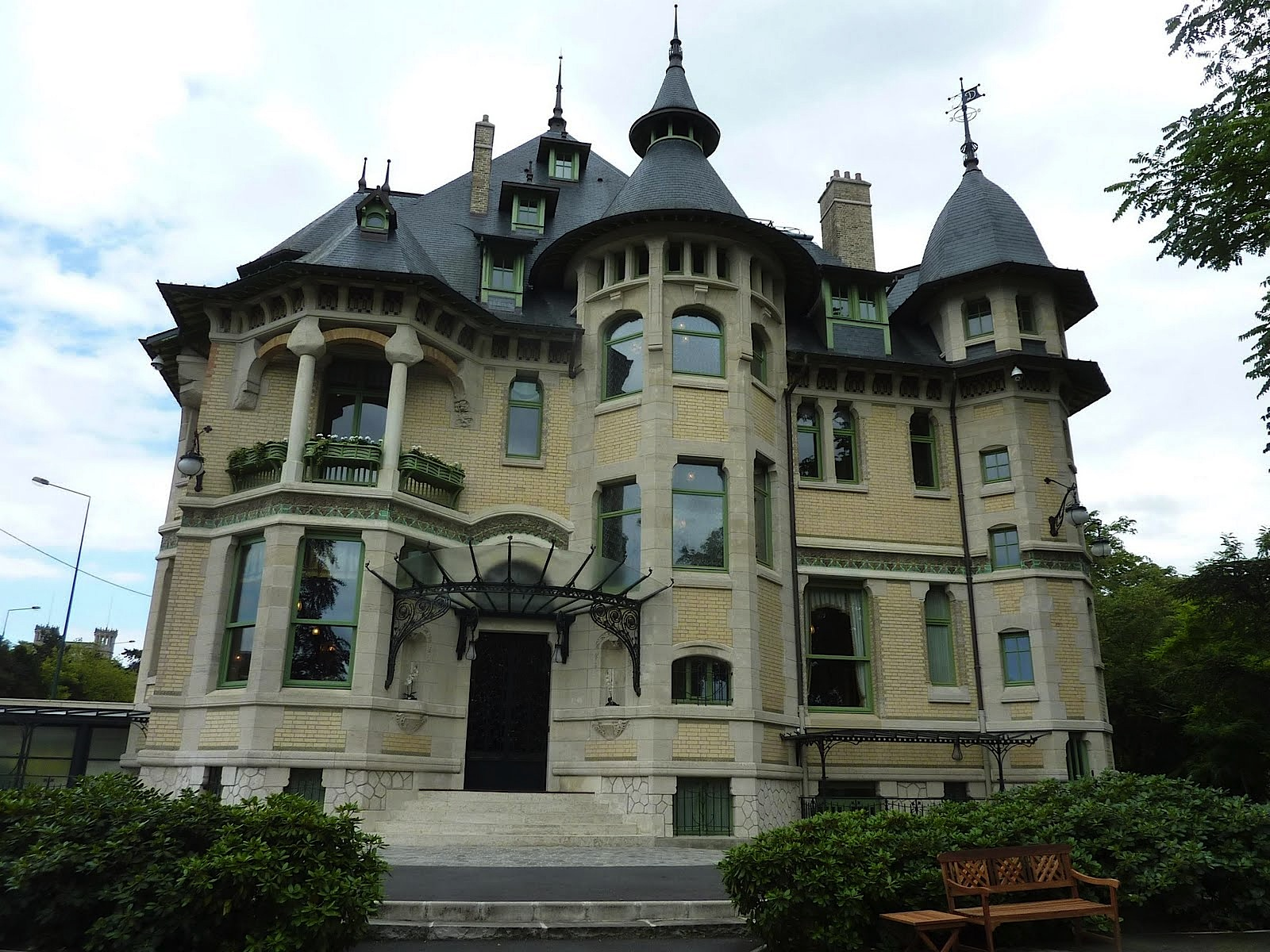 Art nouveau et jugendstil courants artistiques et litt raires de 1880 1920 la villa for Deco maison simple reims