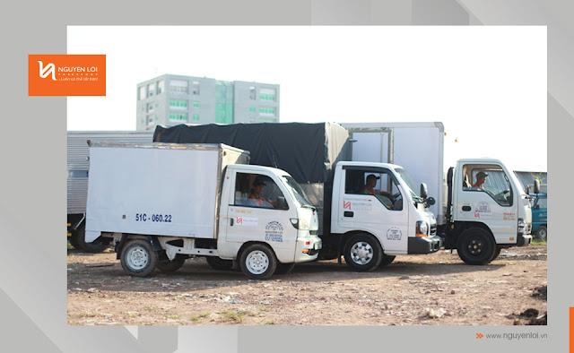 xe tải chở hàng trong nội thành