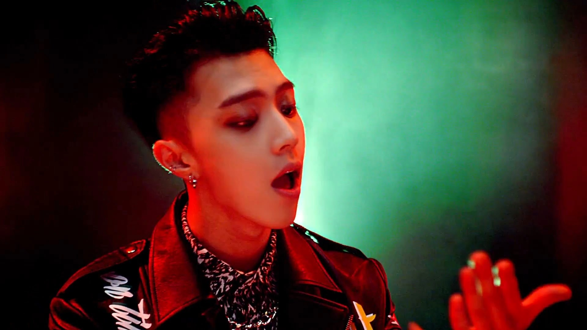 Myname's JunQ from Just Tell Me MV