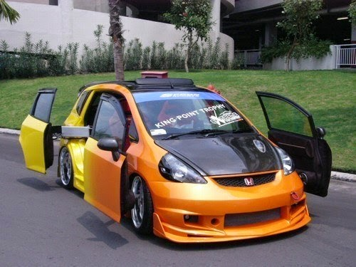 modifikasi mobil Honda jazz2005