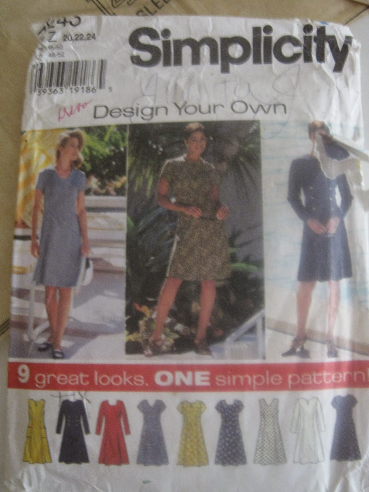 Simplicity 7243 Dress Pattern www.sewplus.blogspot.com