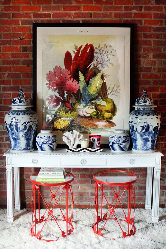 Jamie Foyers Traditional : Chinoiserie chic weekend find displaying blue and white