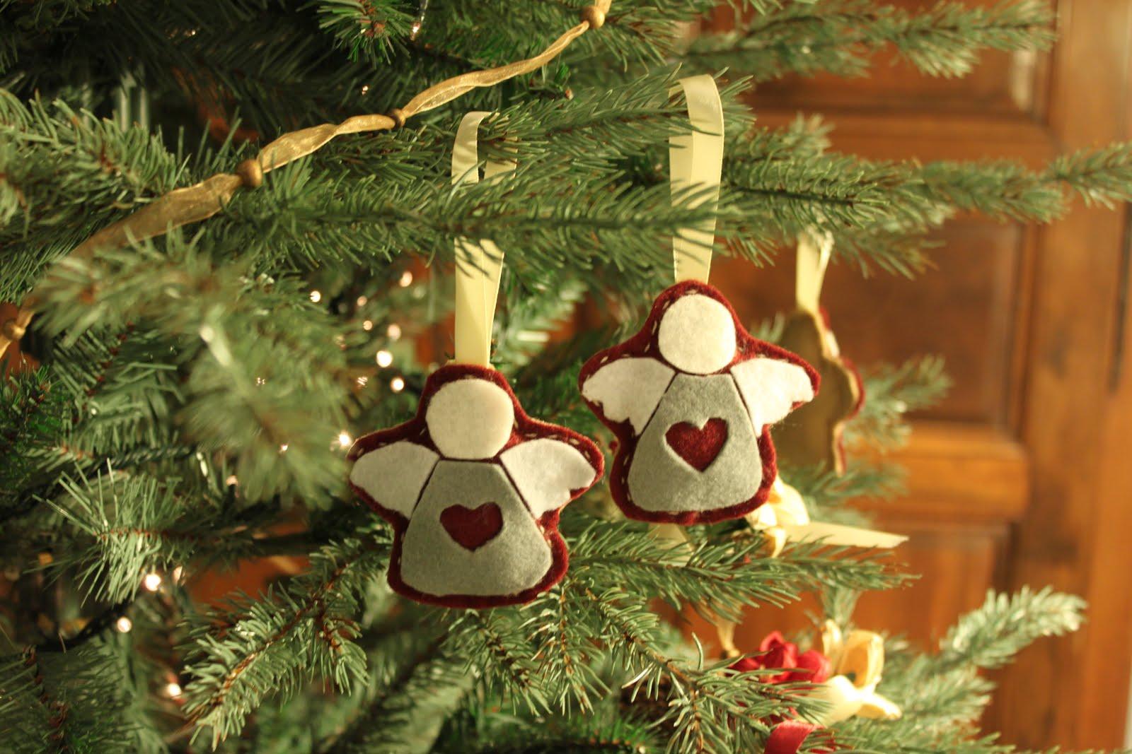 Idee Cucito Per Natale : Scuola di cucito angeli in pannolenci per l albero di natale