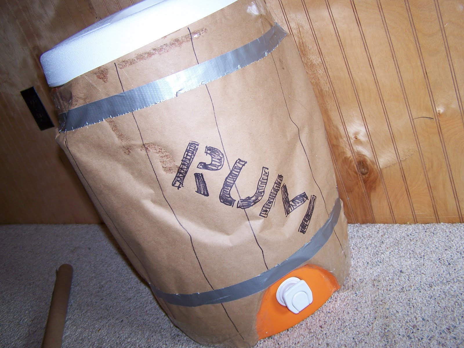 how to make a wooden barrel out of cardboard